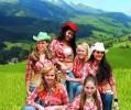 45-09-country-sisters-agentura-trdla-sma.jpg